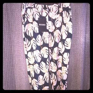 Missguided leaf print trouser size US 8